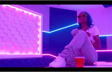 "YRB NY Drops New Video ""Blue Checks"""